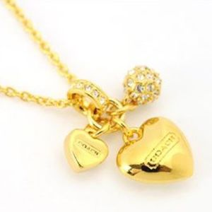 COACH~pave triple heart~NECKLACE~GOLD